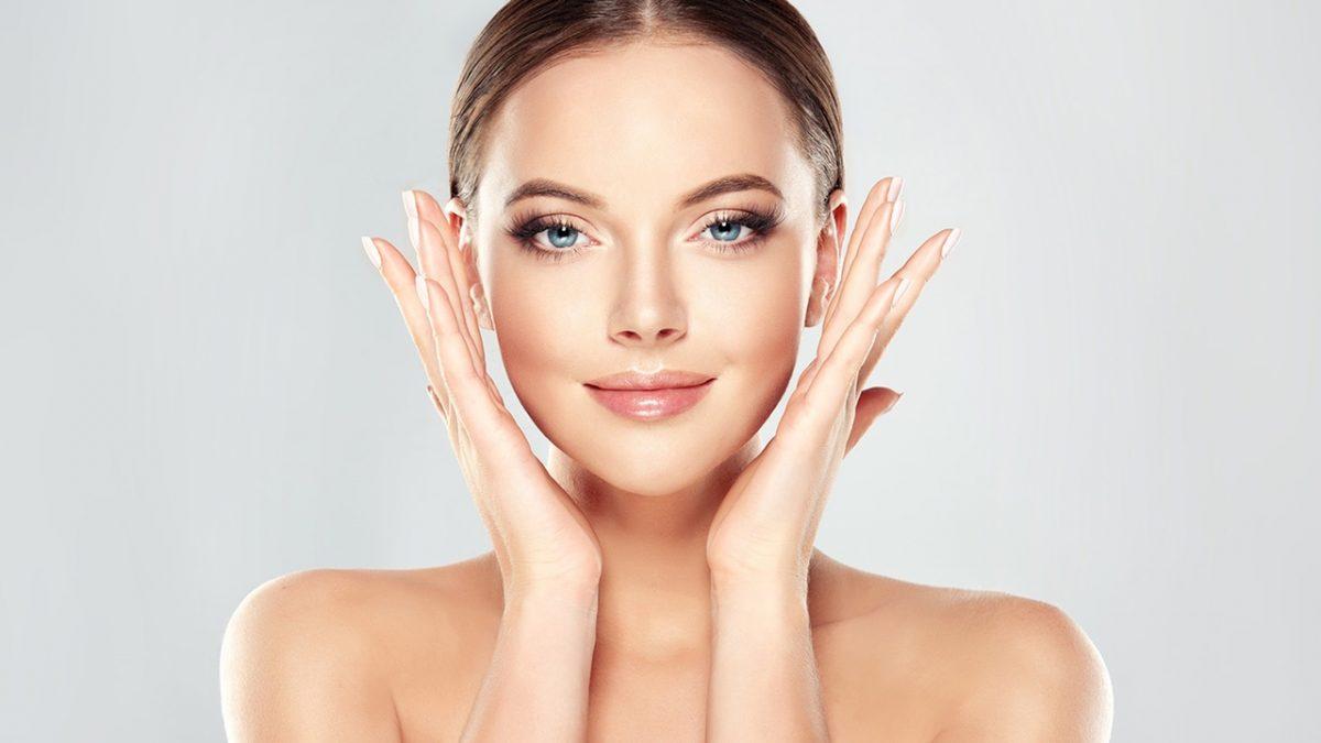 doğal ışıltı sahibi kadın cildi